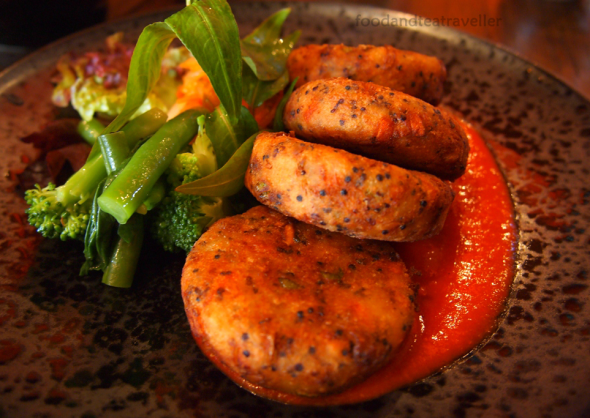 Shakahari-Too-Vegetarian-Restaurant-Rocks-