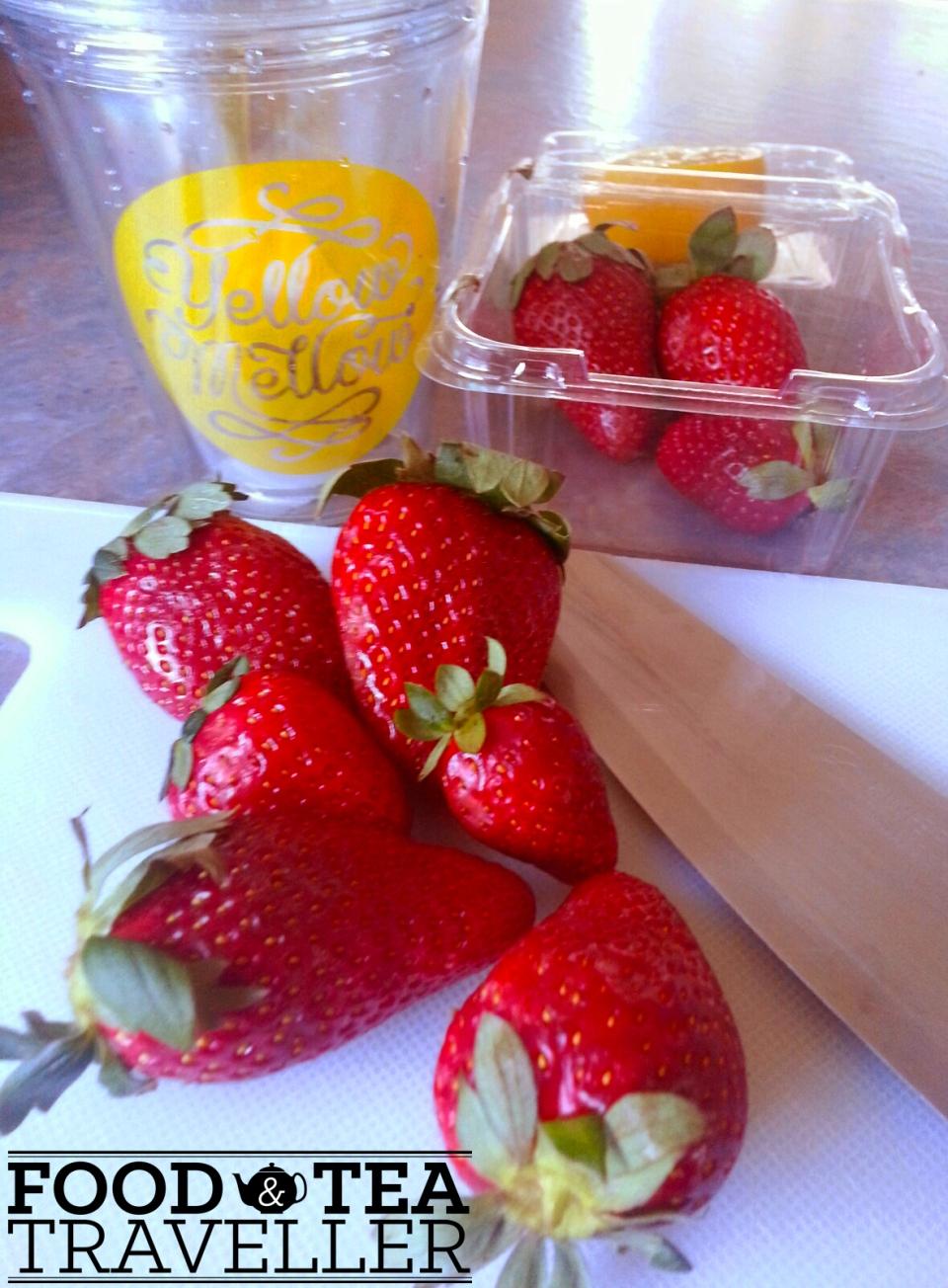 Minty-Strawberry-and-Lemon-ice-tea